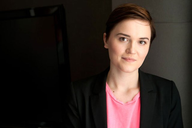 Veronica Roth releasing We Can Be Mended With Carve The Mark
