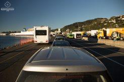 Embarquement des véhicules sur l'Interislander de Welllington à Picton