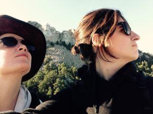 2 baroudeuses au Mont Rushmore - USA