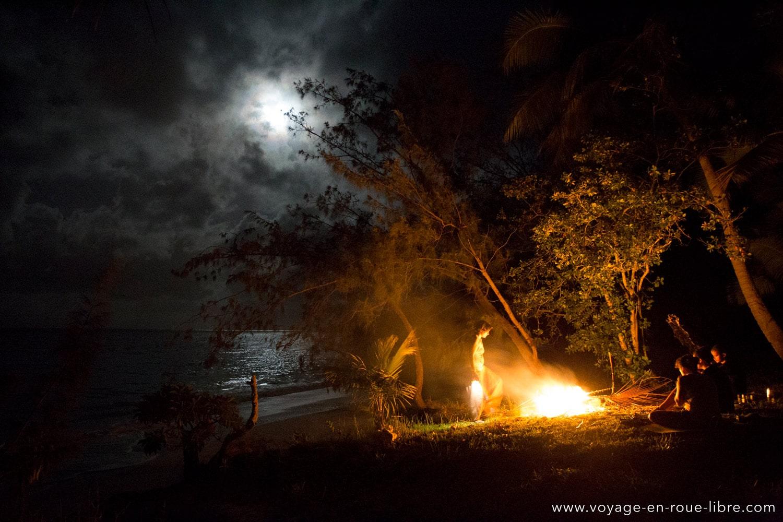 Feu de plage - Lifou - Nouvelle Calédonie