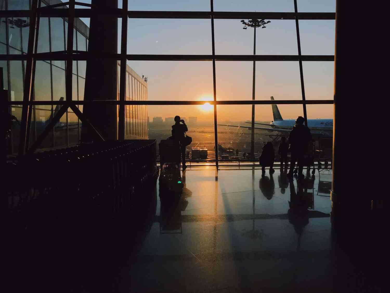 Lille est très proche des aéroports Paris Roissy-Charles-De-Gaulle et Bruxelles Zaventem.