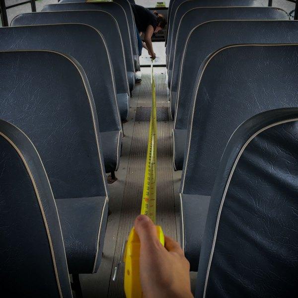 outil indispensable pour convertir un autobus scolaire