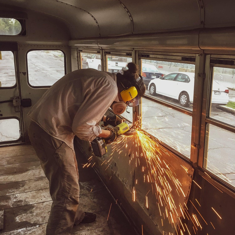 Notre matériel de protection pendant les travaux du bus