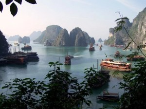 Baie d'Halong- une Merveile du monde.