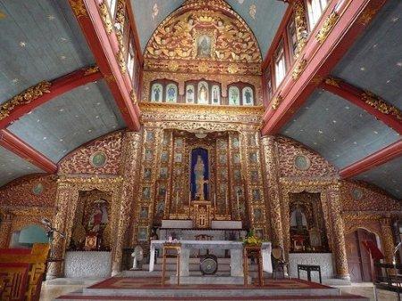 Cathédrale de Phat-Diem, Vietnam par : Jeremy Couture