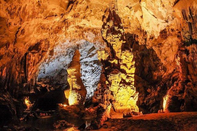 Grotte de Phong Nha - Baie d'Halong par Hệ Trần Văn