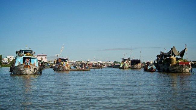 Marché flottant - Chau Doc par Mark Turner
