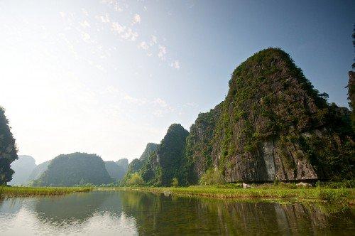 voyage-vietnam-tangka-hoa-lu-bateau