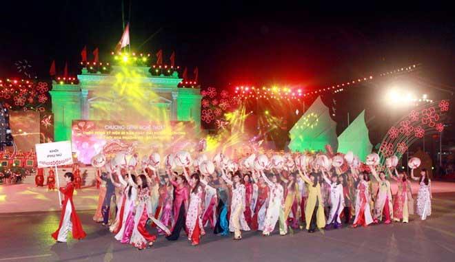 Fête des Flamboyants - Hai Phong, Vietnam
