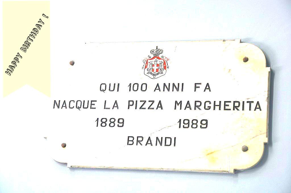 pizza-margerita-histoire-naples-brandi-voyage-en-beaute