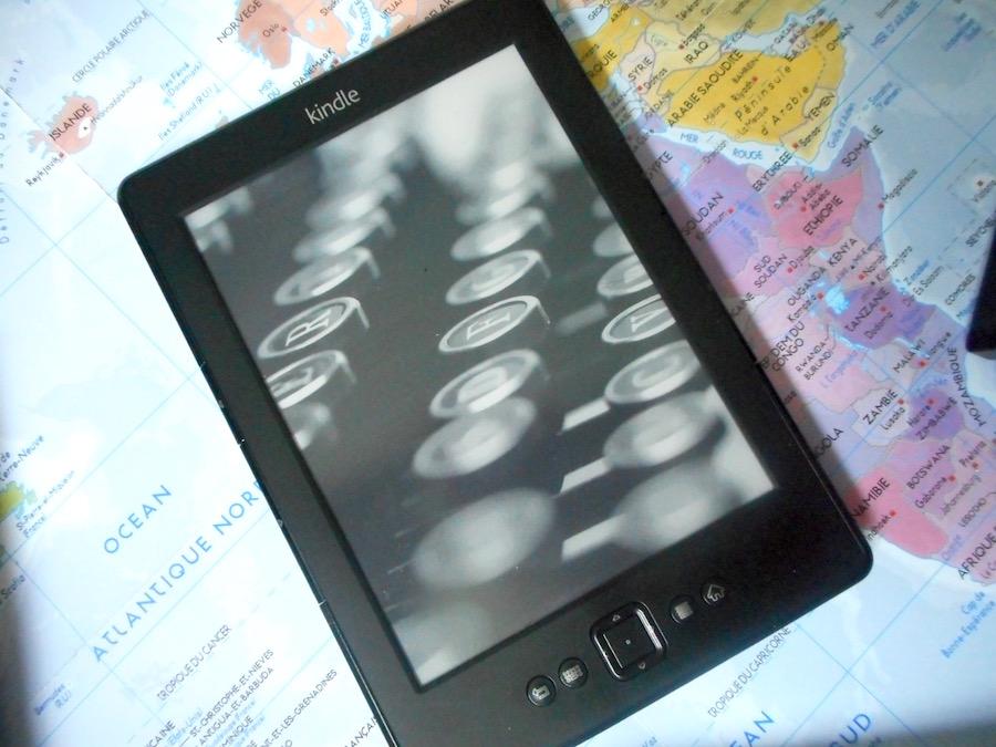 liseuse-ebook-kindle-livres-voyage-beaute-connecte