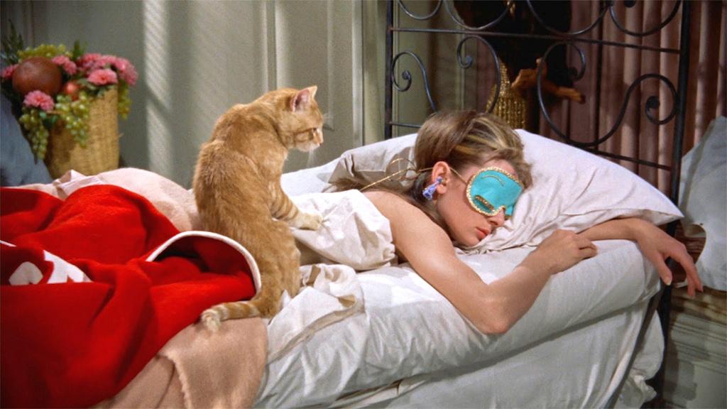 trucs-dormir-vacances-sommeil-masque-soie