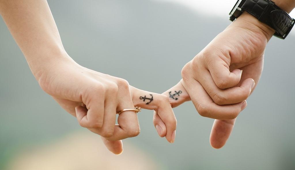 faire-tatouage-pour-contre-avis-douleur