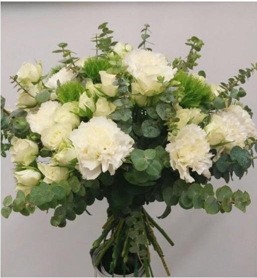idee-cadeau-fete-meres-fleurs-coupees-bouquet-noholita