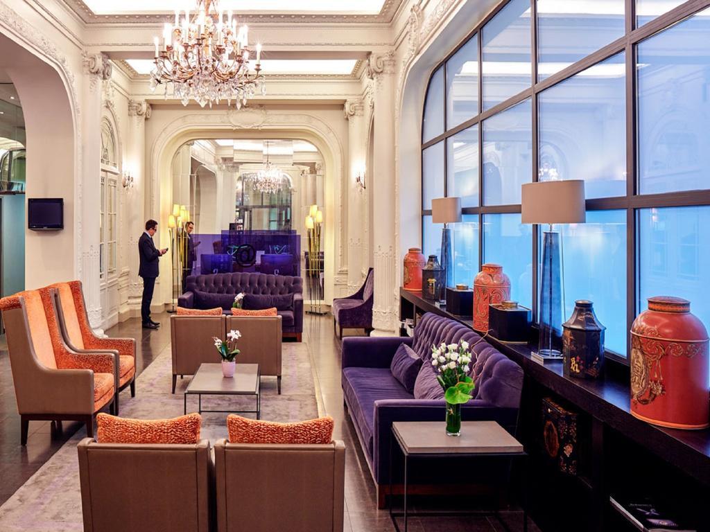salon-avis-hotel-holiday-inn-paris-gare-de-lyon-bastille