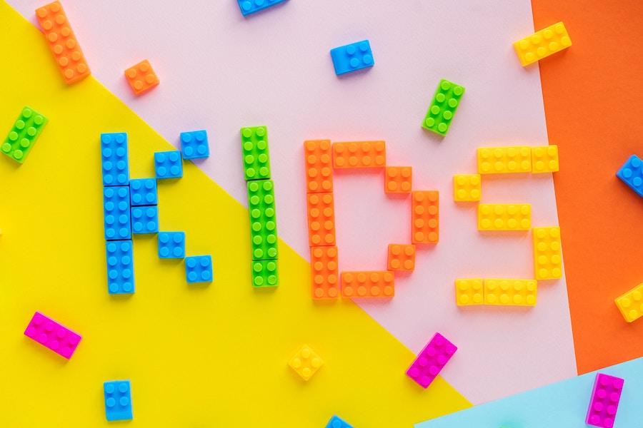 indispensables-enfant-produits-beaute-soins-doudou-voyage