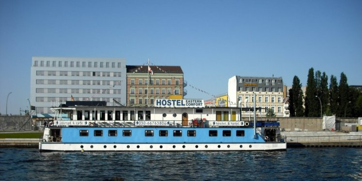 Hotel Insolite Berlin - Eastern Comfort Hostel Boat