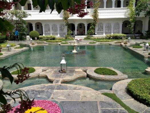 lake palace udaipur lotus pond