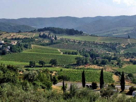 tuscany-landscape-rolling-hills