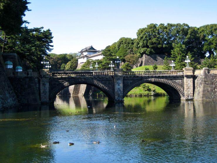 imperial-palace-tokyo-Seimon-Ishibashi-bridge