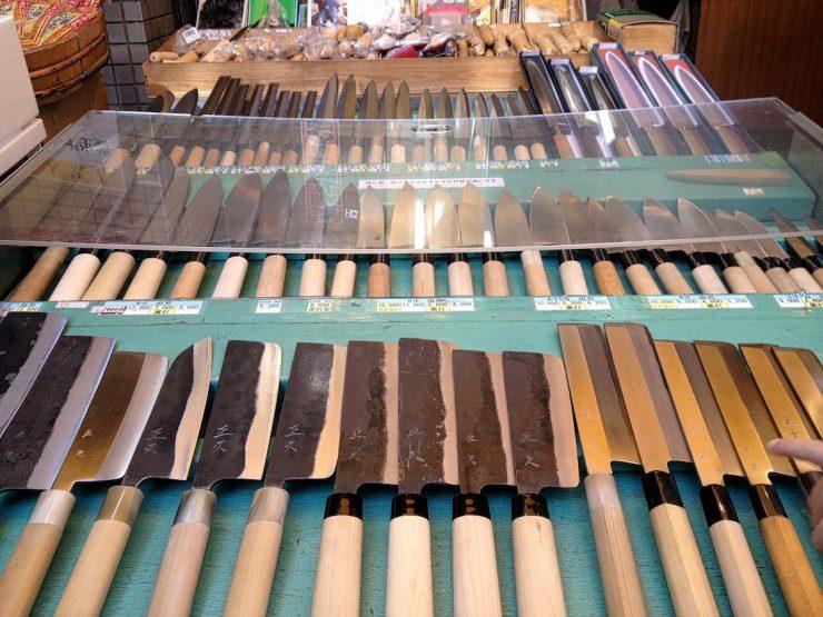 tsukiji-market-knives