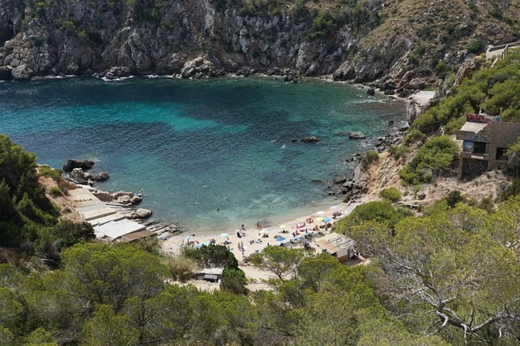 plage a ibiza bai
