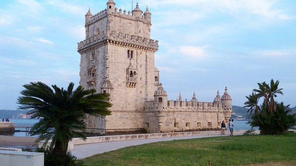vol allez retour Lisbonne portugale