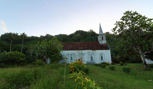 The church on Taravai. Amazingly the 7 inhabitants here have their own church. John and Jessie even have a graveyard on their farm. Apparently many of the locals believe that this island is haunted and this is one of the reasons why so few people live here. Even those who come to visit will usually leave before it gets dark.