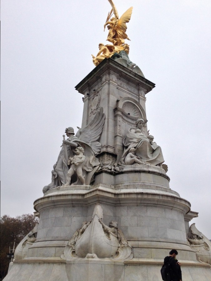 Victoria Memorial - Buckingham Palace, London, England