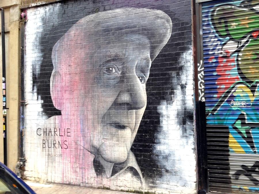 Un joli graffiti à Brick Lane - Londres, Angleterre