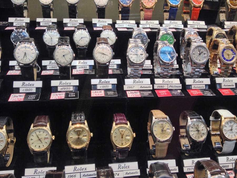Des Rolex vintage dans Burlington Arcade - Londres, Angleterre