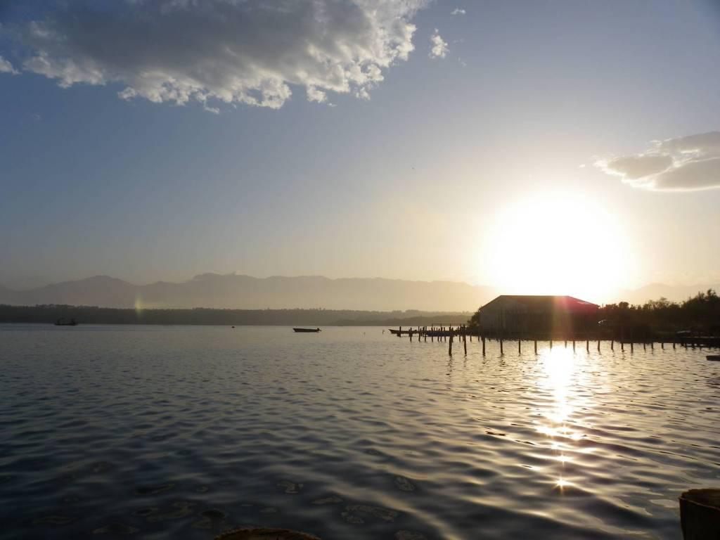 Soleil couchant à l'étang d'Urbinu - Corse