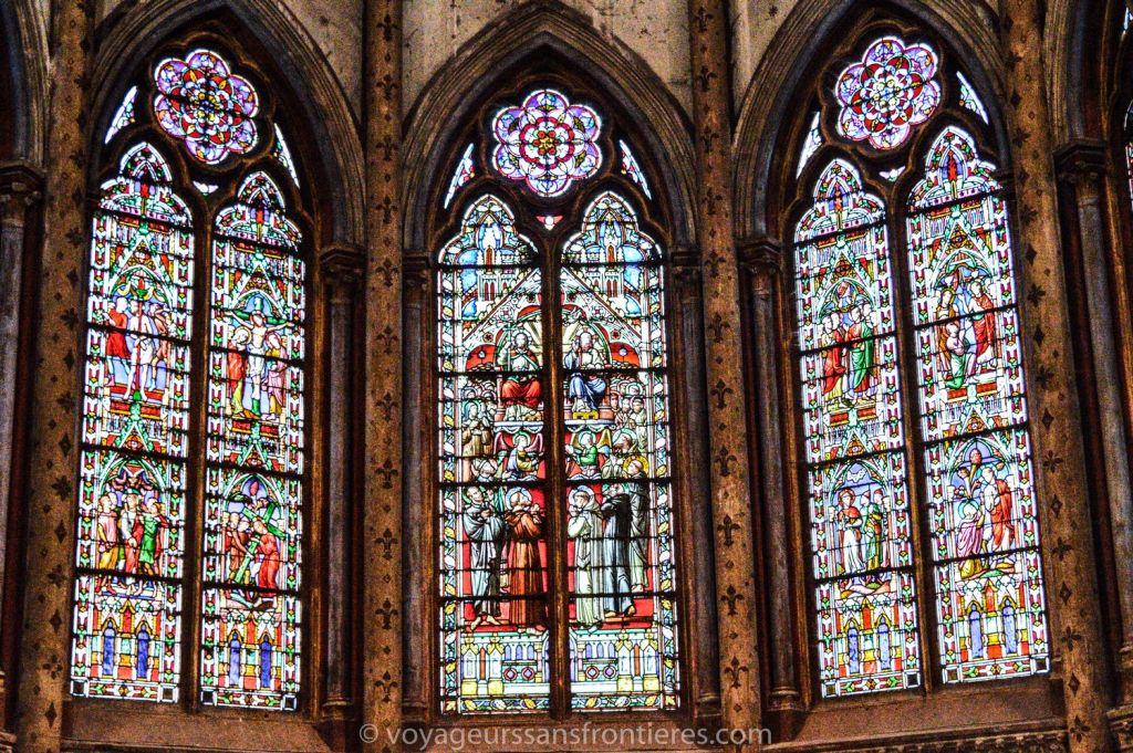 Les vitraux de l'église Saint-Bruno - Voiron, France