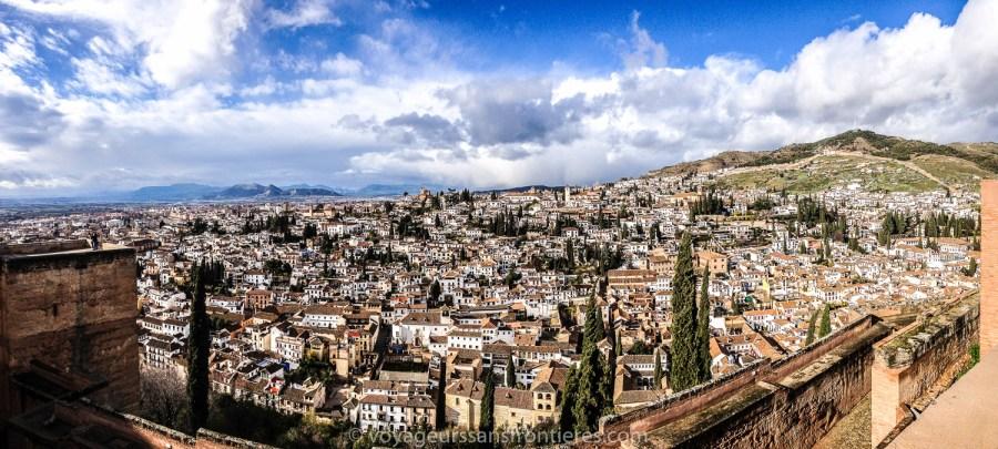 Vue sur Grenade depuis l'Alhambra - Espagne