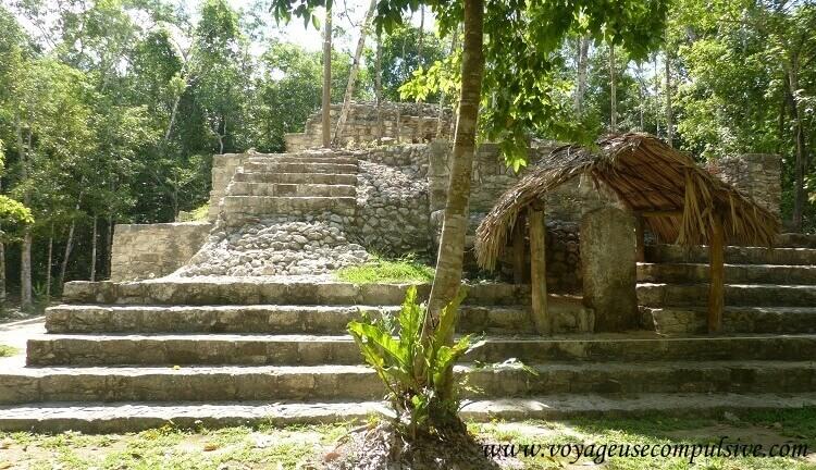 L'une des nombreuses pyramides du site archéologique de Cobá.