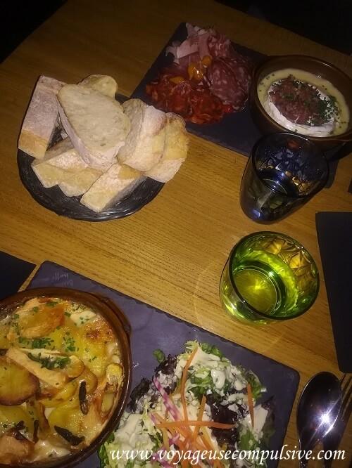 Nos plats dans le restaurant Les Fromagivores dans le quartier de la Croix-Rousse.