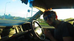 Yo conduciendo la Carpevan.