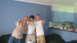 Aquí en el último día de mi casa en Footscray, Melbourne. En la foto con el Chileno y el inglés
