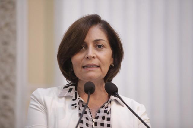 Deputada de Tota Barreto em Lagoa do Carro em 2014 apoiará Judite Botafogo