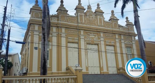 Em Paudalho, Prefeitura deverá gasta mais de R$ 1,8 milhão em pintura de escolas