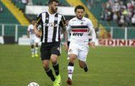 Santa Cruz perde para Figueirense e segue complicado na Série B