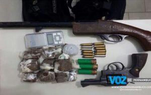 Dupla é detida com drogas e armas em Goiana