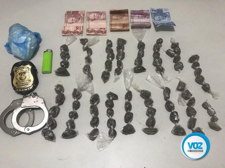 Ex-presidiário é detido com drogas em Goiana