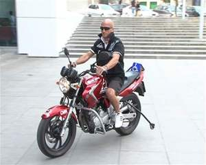motocykel - muž