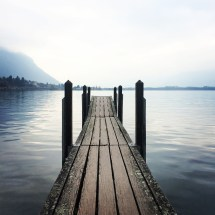 Il pontile sul lago