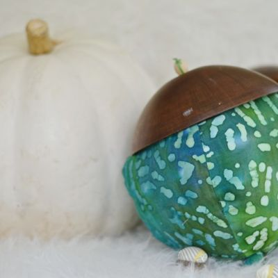 Large acorn with pumpkin