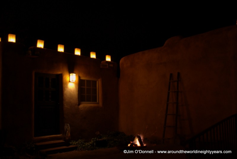 Christmas in Taos, NM -- VRAI Magazine