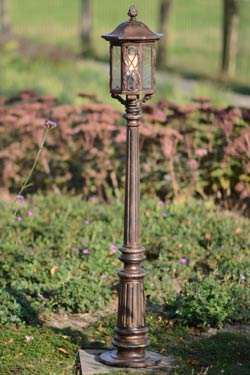 lampadaire grille en croisillons arrondis lampe et appliques assorties disponibles