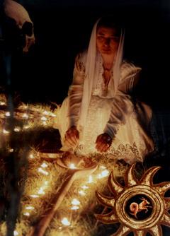 Vrăjitoarea Cireşica
