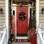 79 Beautiful Farmhouse Front Porches Decorating Ideas-3974